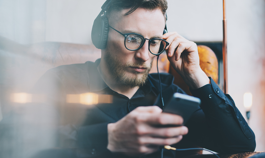 listen to educational audio programs to form new habits