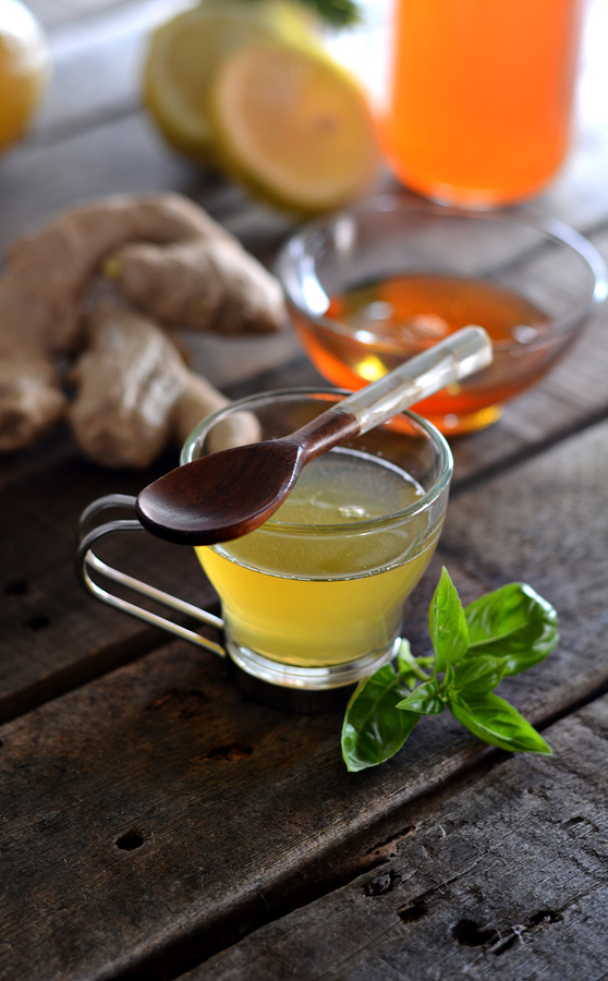Lemon, ginger and honey tea- expressiovisual/Bigstock.com""
