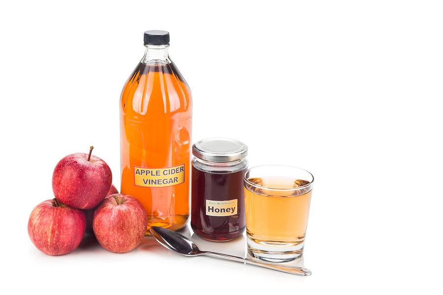 apple cider vinegar with honey for sore throat