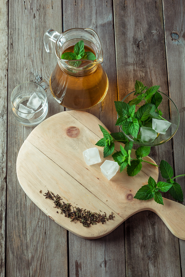 mint and green tea used to get rid of sunburn