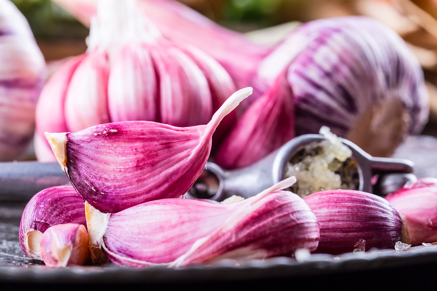 garlic cloves to get rid of keloids