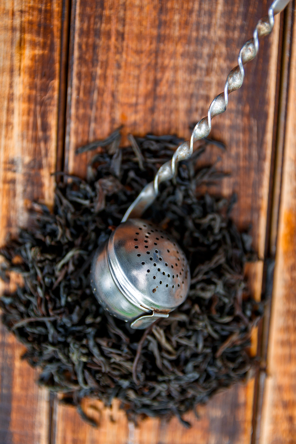 black tea to get rid of athlete's foot