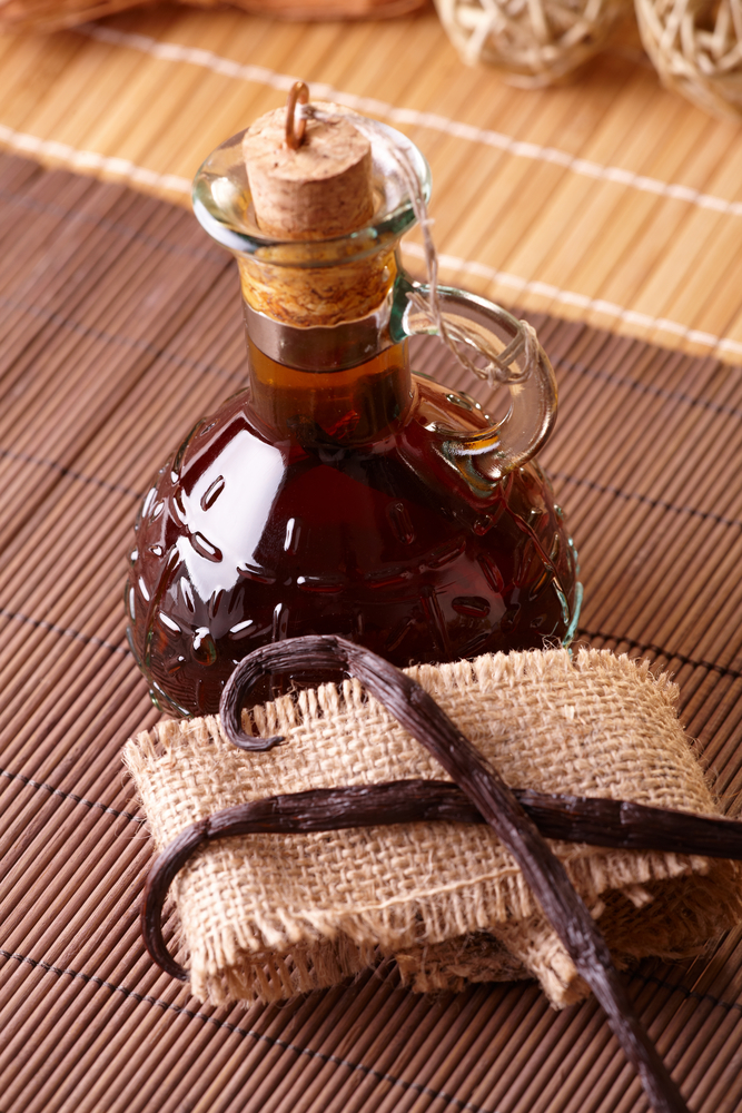 vanilla extract - home remedies for cold sores